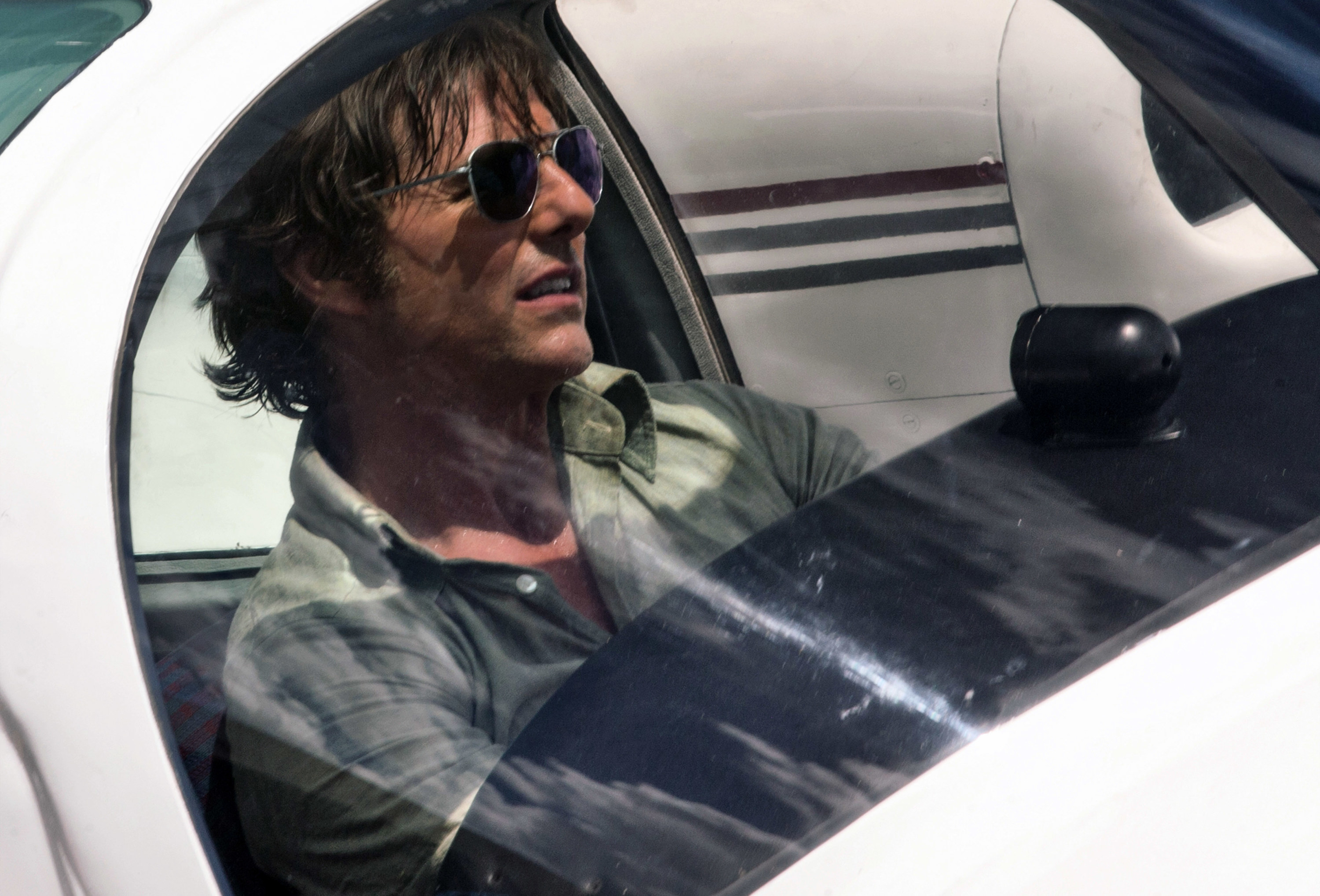 Tom Cruise in a plane