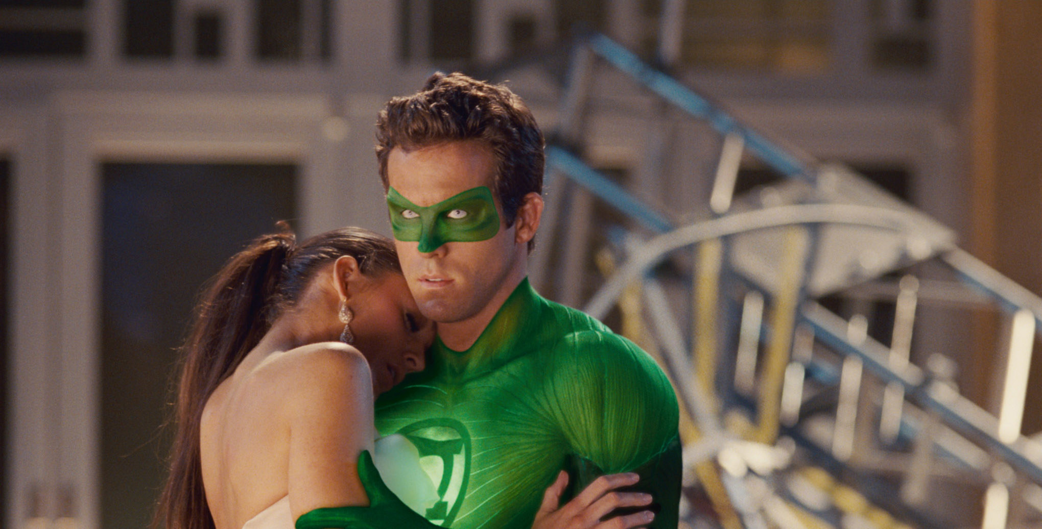Blake Lively's character hugging Ryan Reynolds's character Green Lantern
