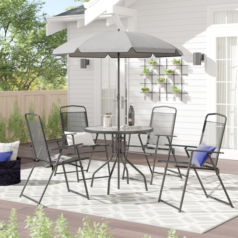 the patio set in black