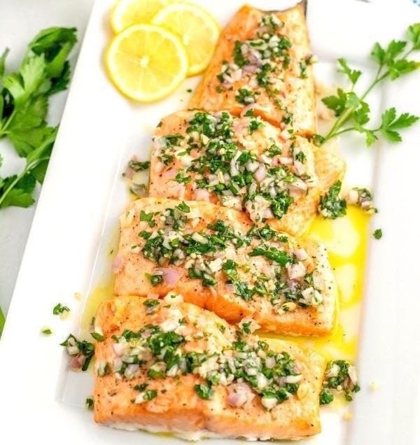 Baked Salmon with Lemon Sauce