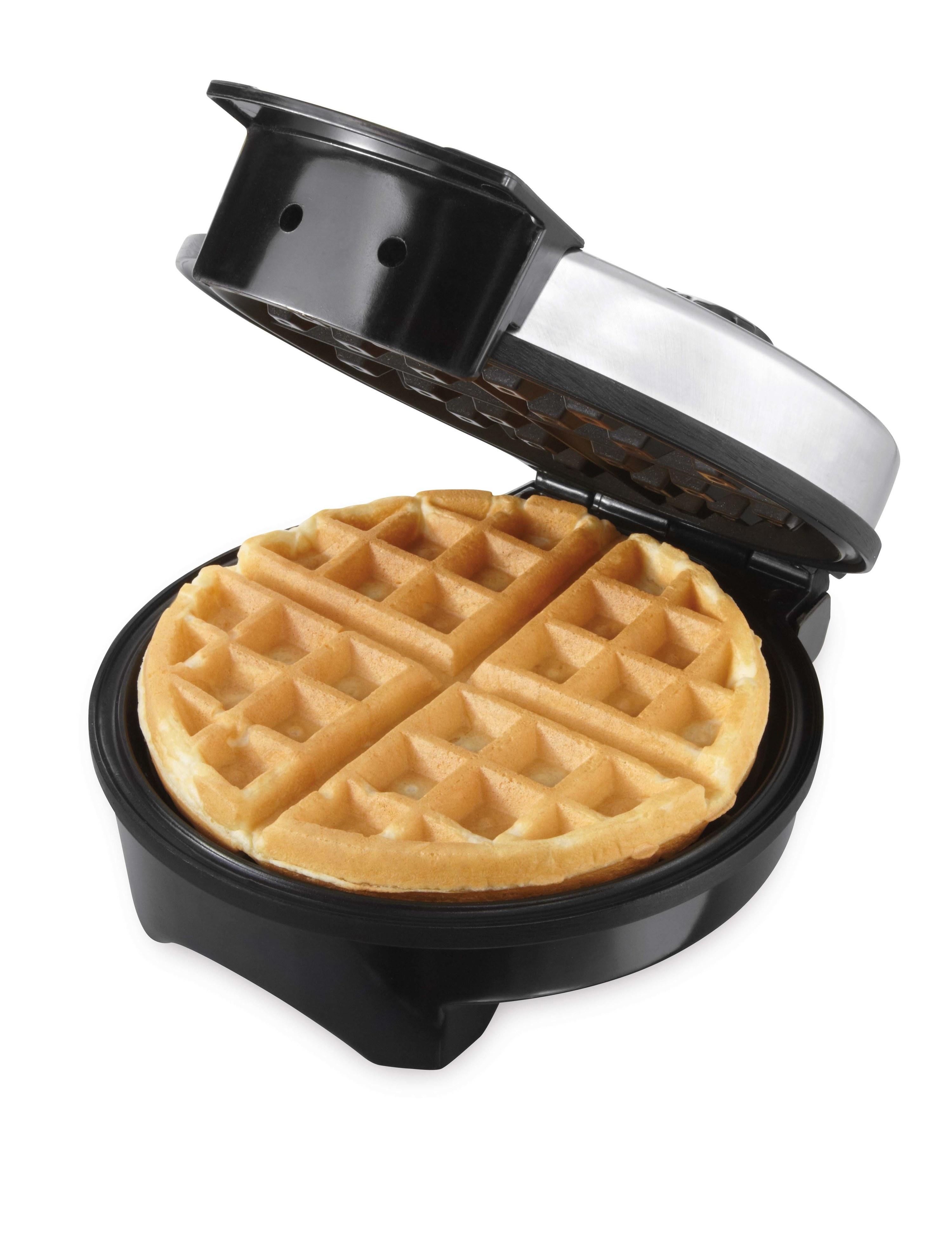 A non-stick belgian waffle maker