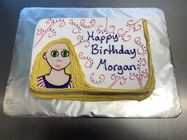 rapunzel tangled cake looking confused