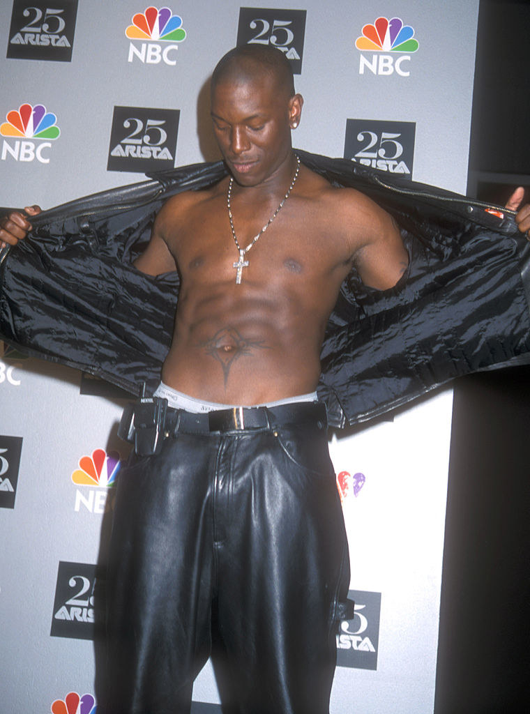 Tyrese with a clipped cellphone