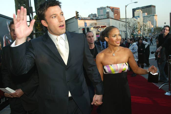 Ben Affleck and Jennifer Lopez on the red carpet for the Daredevil premiere