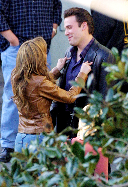 Jennifer Lopez and Ben Affleck on the set of Gigli