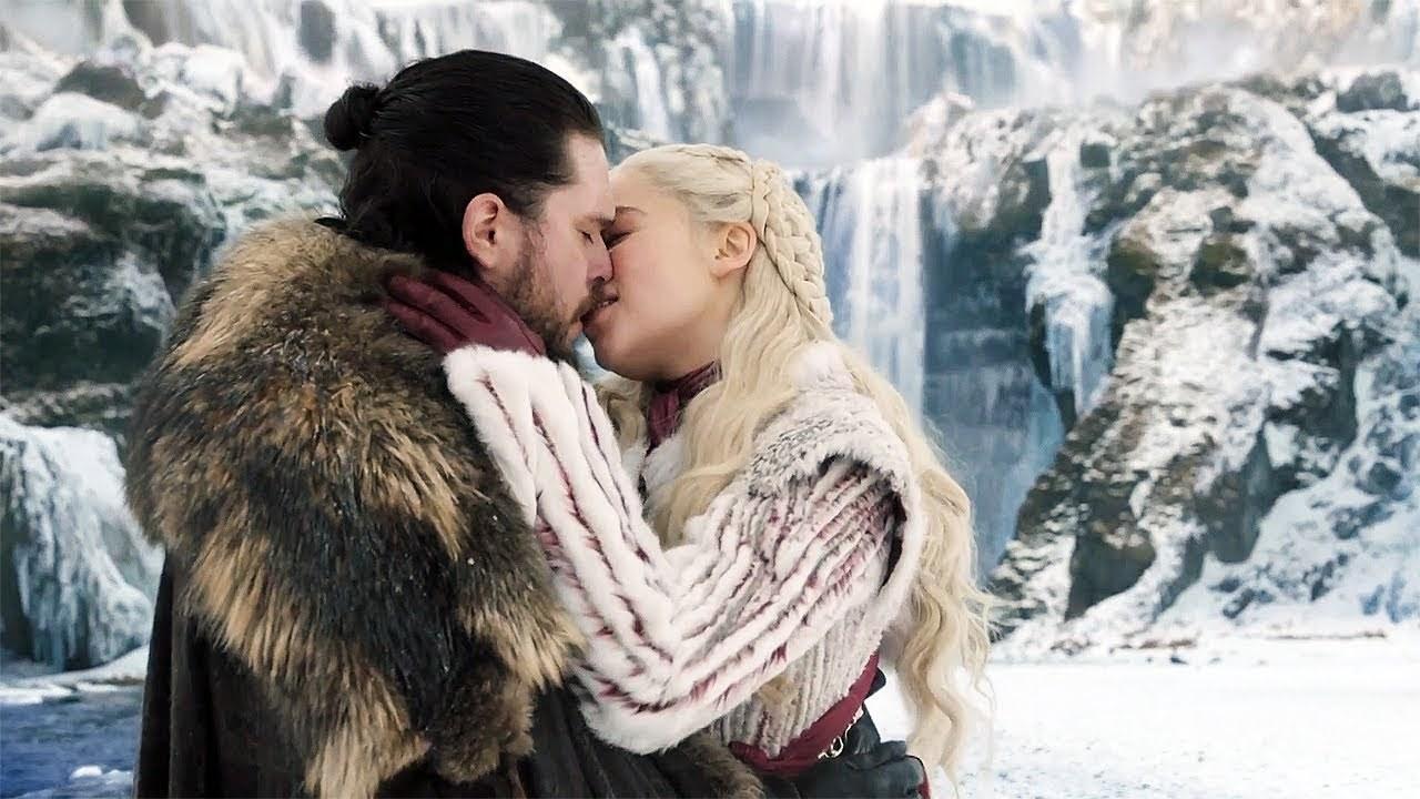 Jon and Daenerys kiss