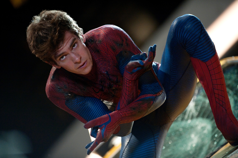 Garfield in this Spider-Man costume