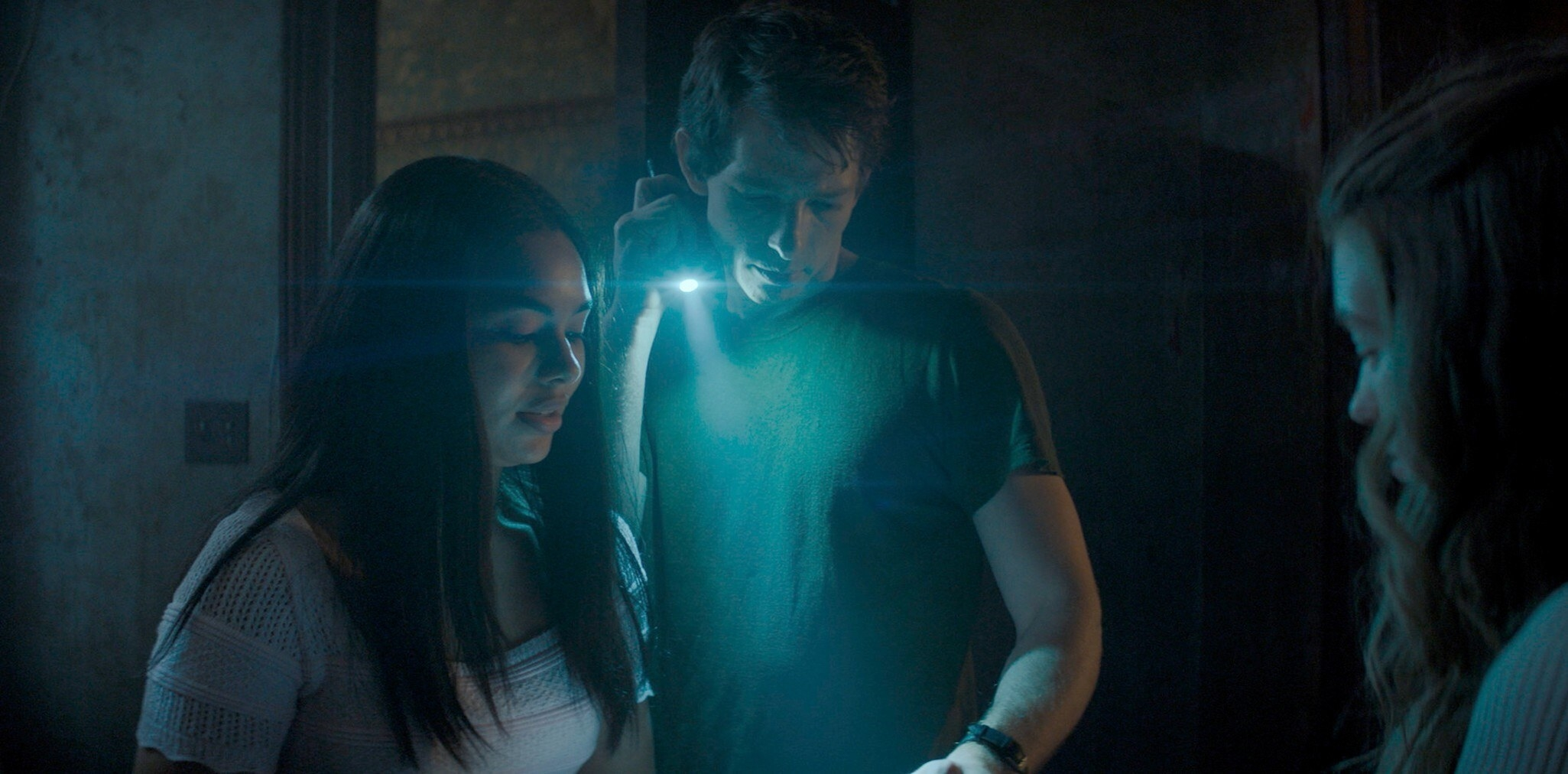 Jessica Sula, Mike Faist and Olivia Welch in Panic