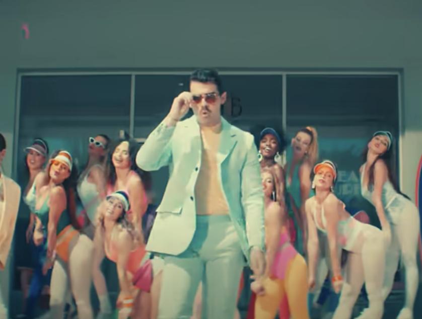 "Joe Jonas in the ""Cool"" music video"