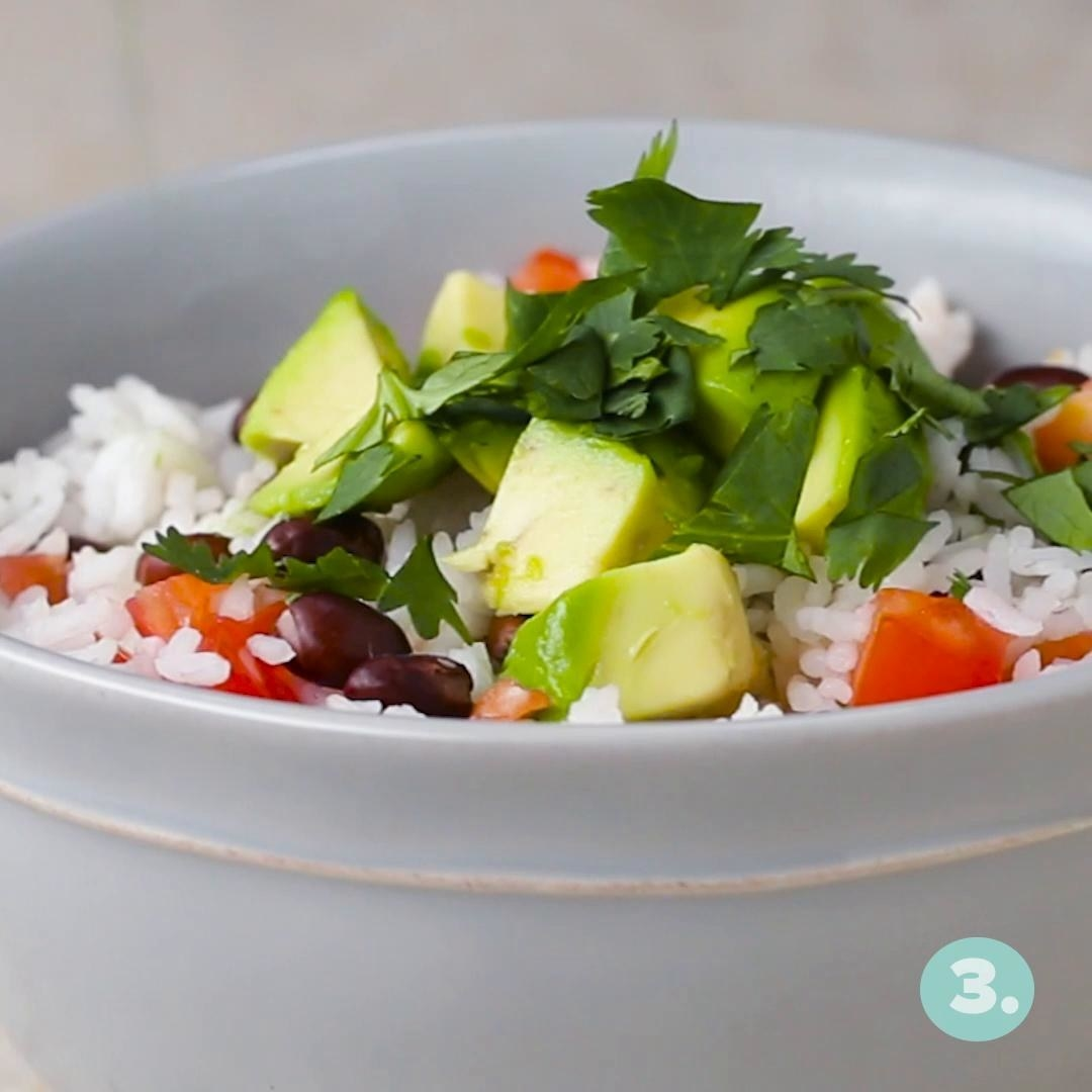 White rice topped with veggies