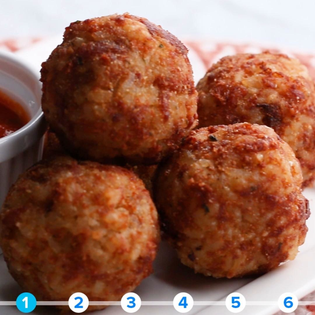 Fried balls of rice