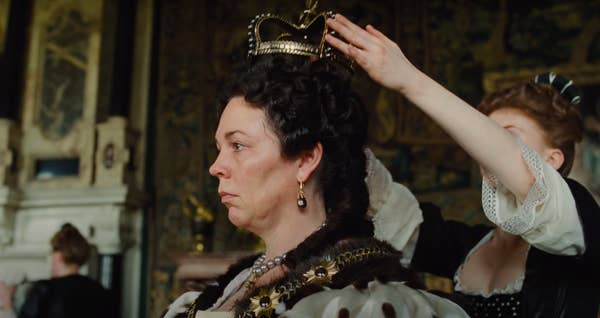 """Queen Anne getting a crown taking off in """"The Favourite"""""""