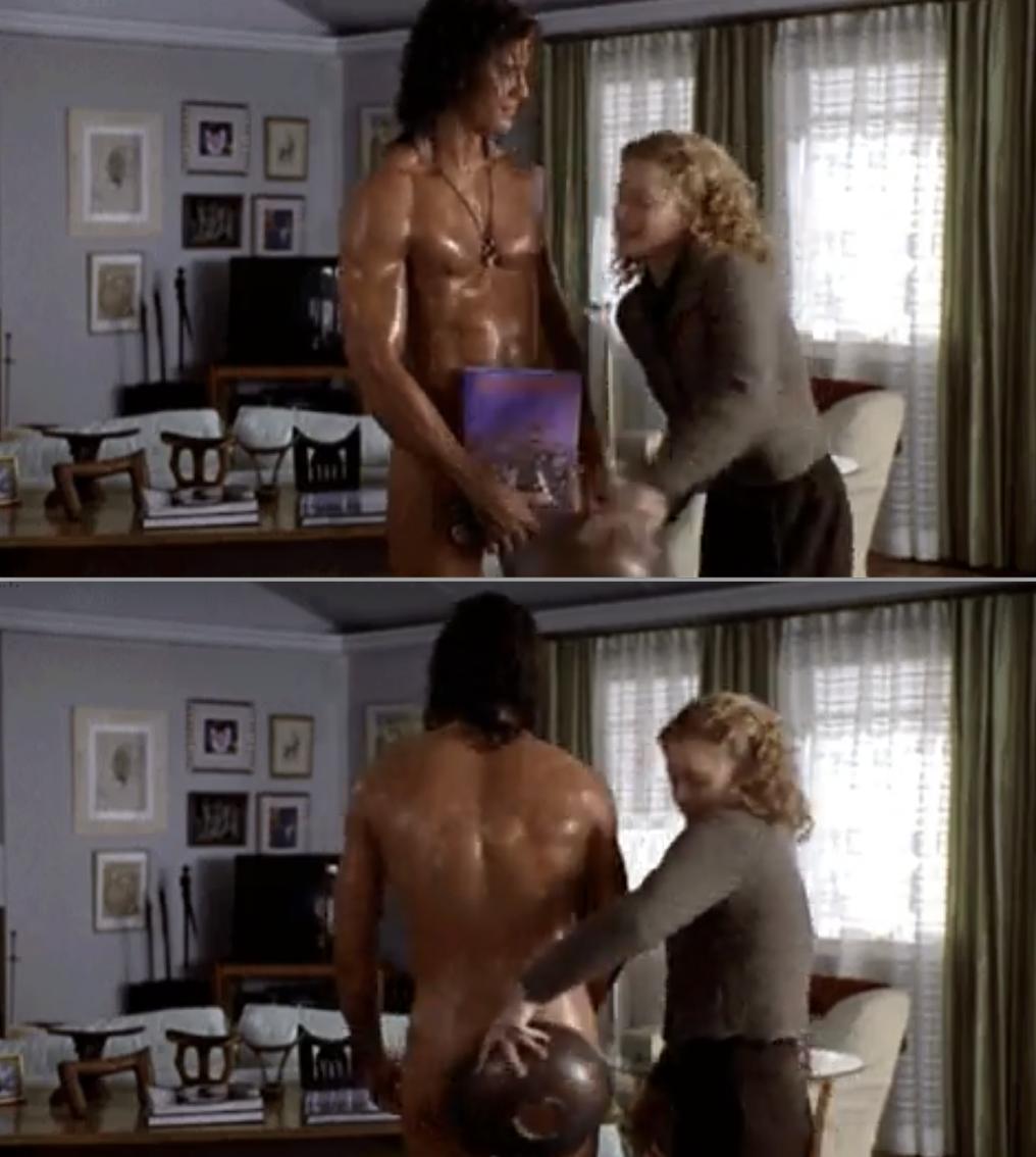 Leslie Mann covering up Brendan Fraser's body