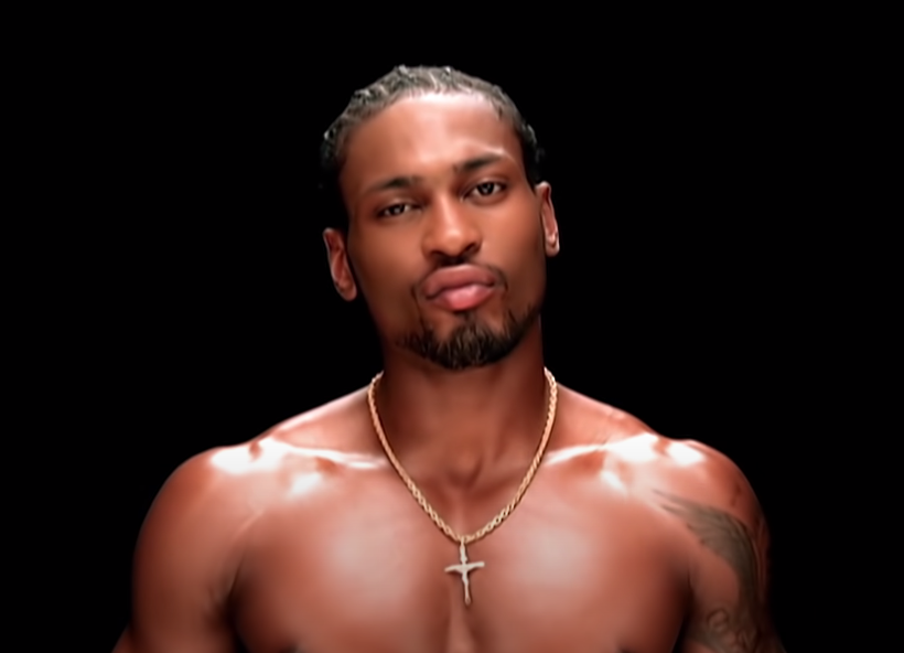 Screenshot of D'Angelo shirtless against a black background