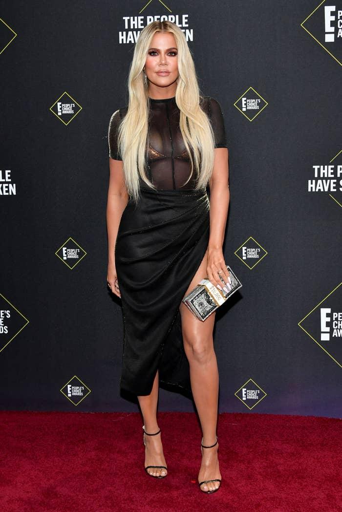 Khloé Kardashian arrives to the 2019 E! People's Choice Awards held at the Barker Hangar on November 10, 2019