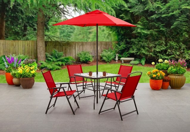 The patio set in red