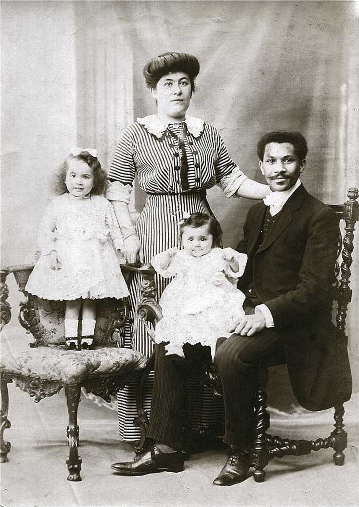 TheLaroche family posing for a portrait