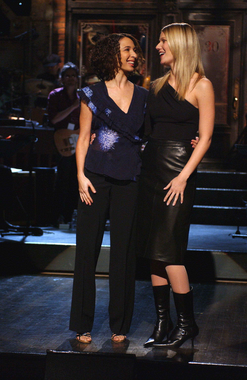"""Maya and Gwyneth hugging on """"SNL"""""""