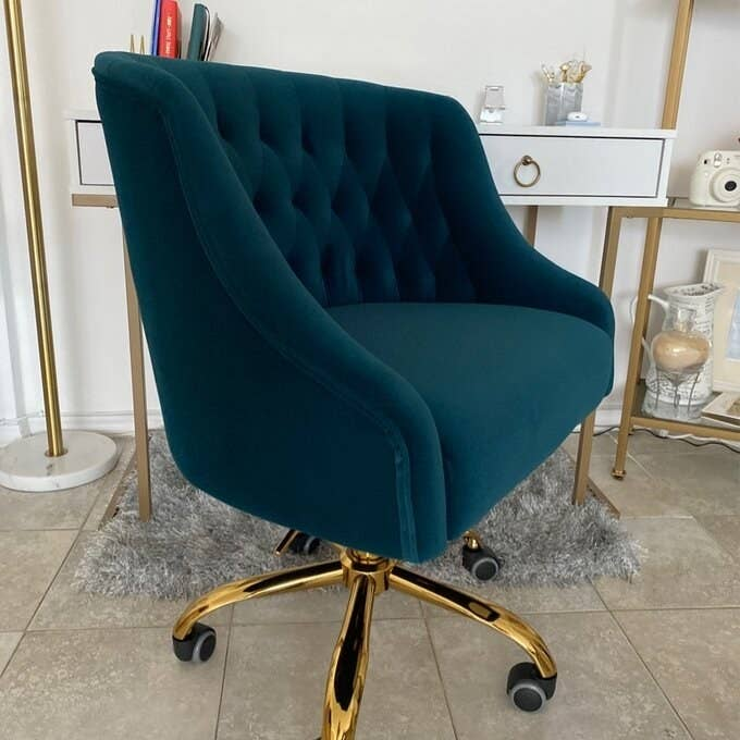 The chair in a fabulous deep emerald.