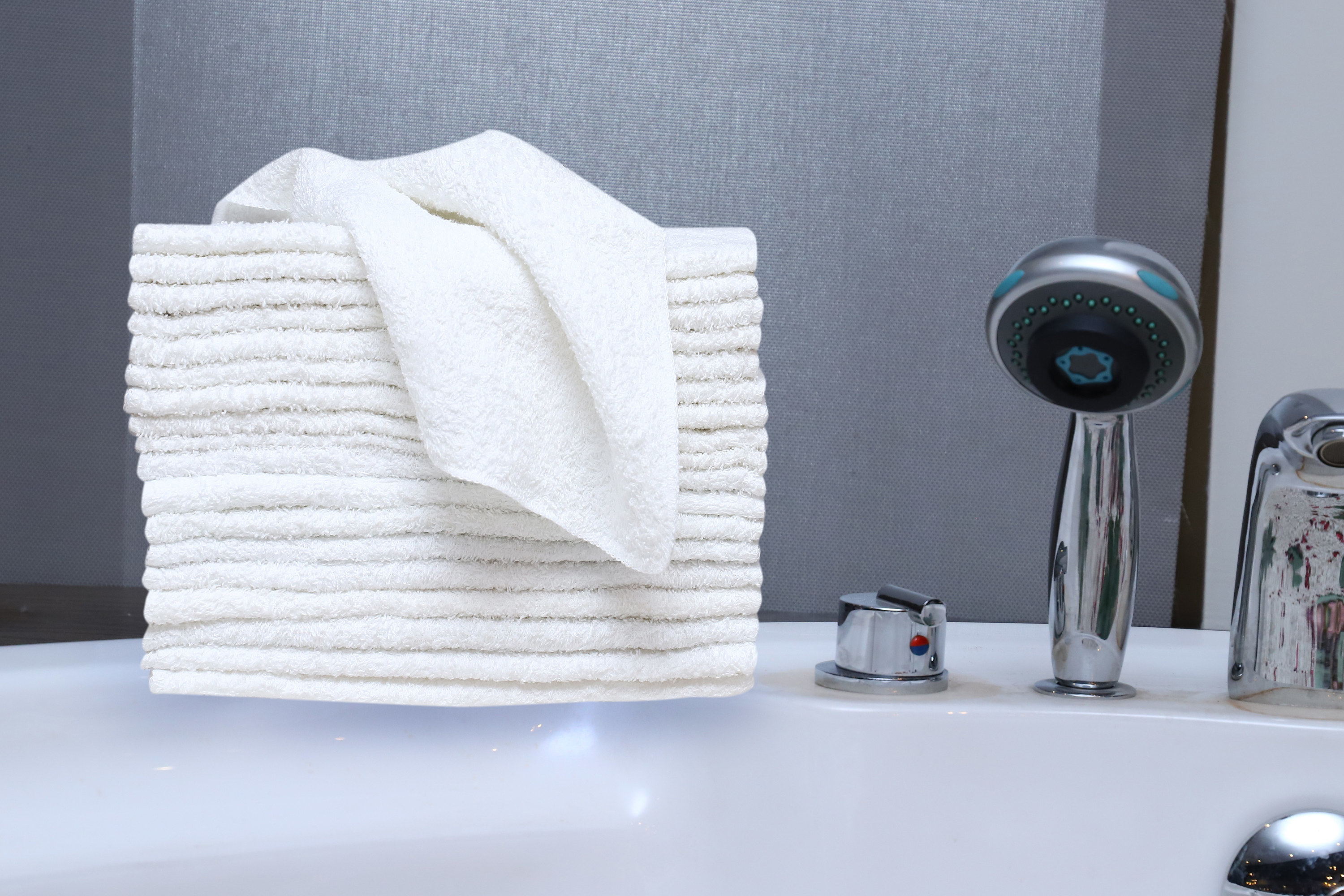 A pack of 36 washcloths