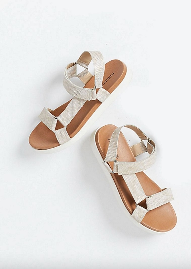 the utility sandals in champagne