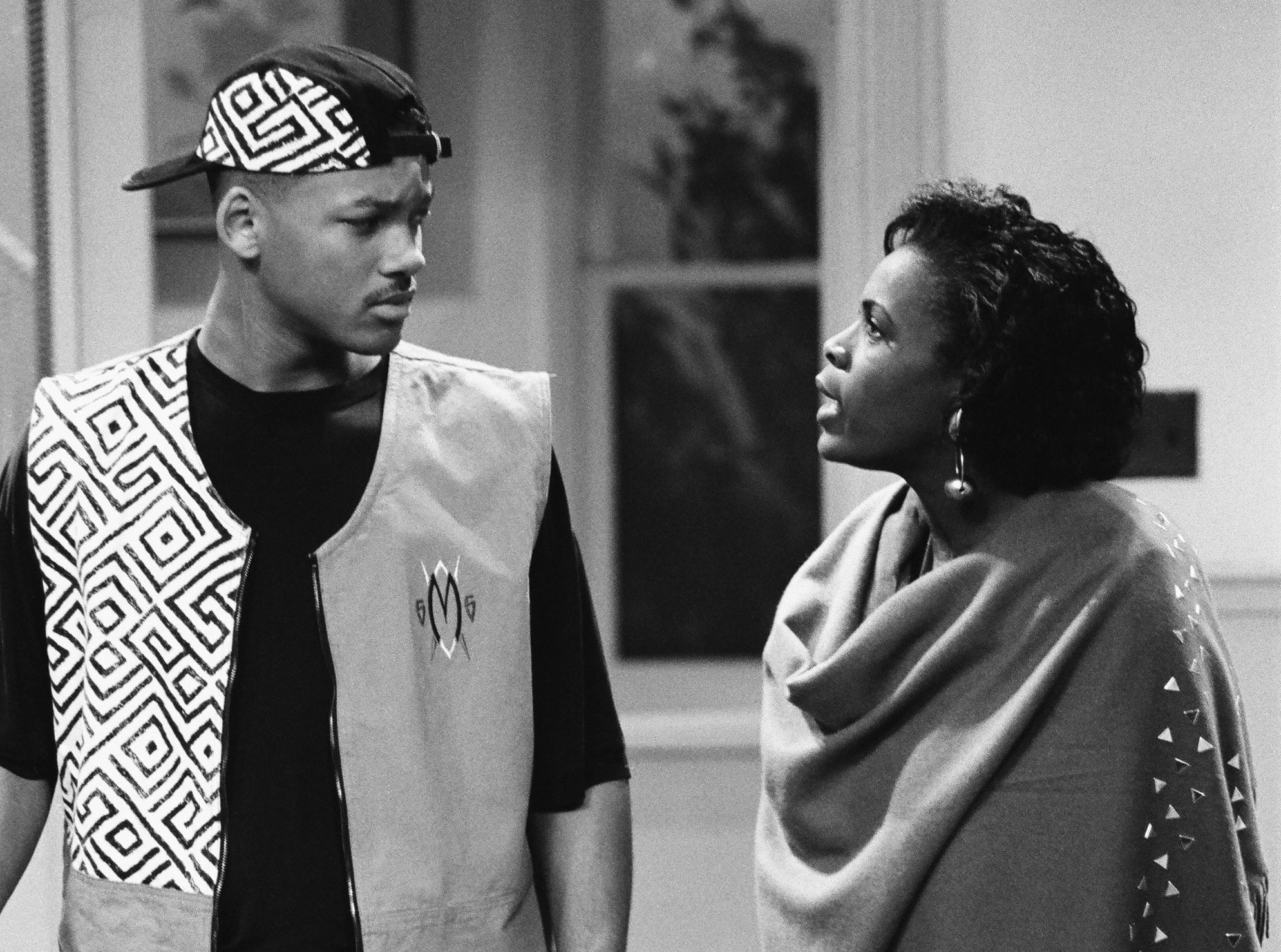 """Janet speaks with Will Smith in a scene from """"Fresh Prince"""""""