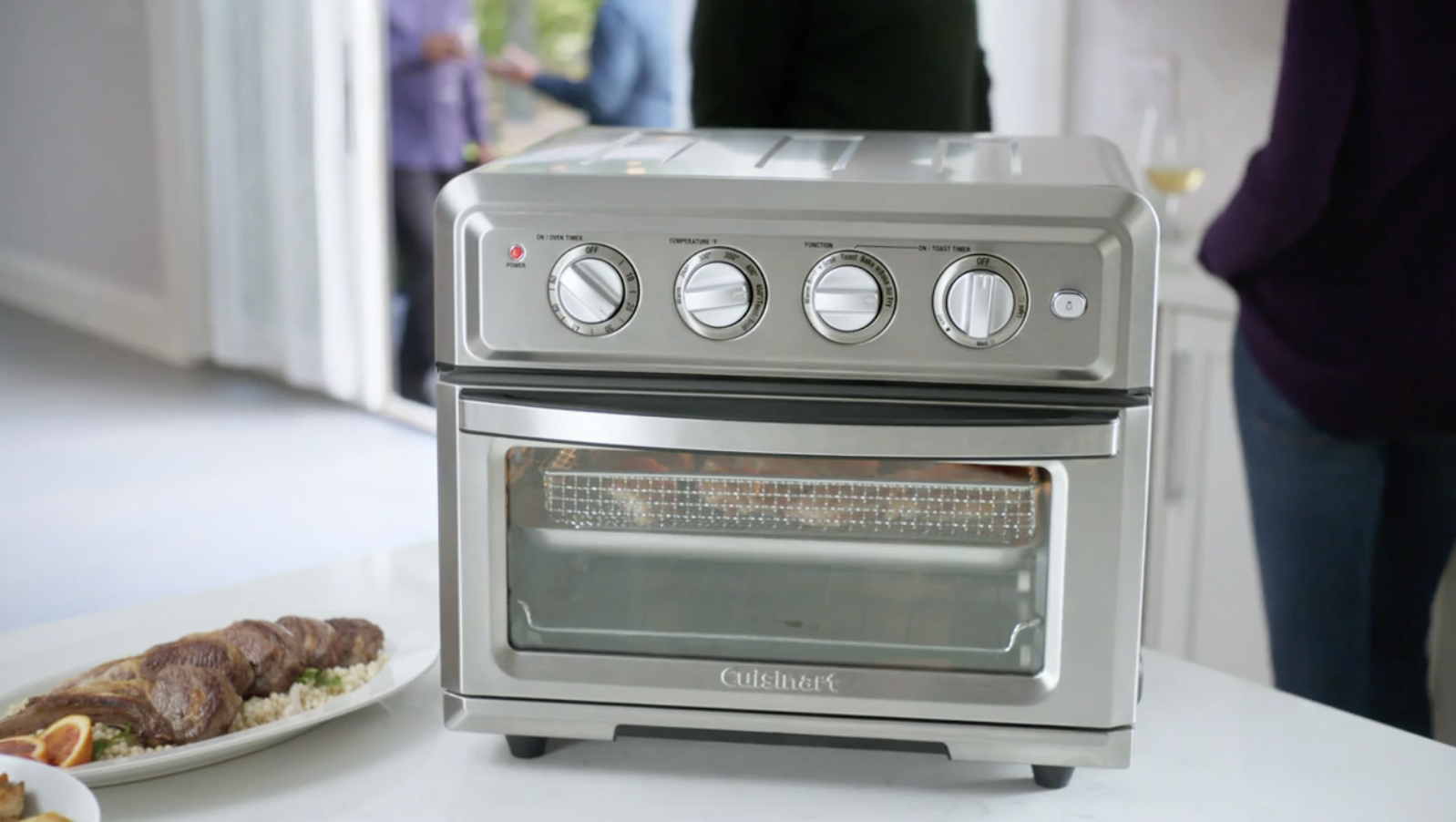 The toaster/ air fryer