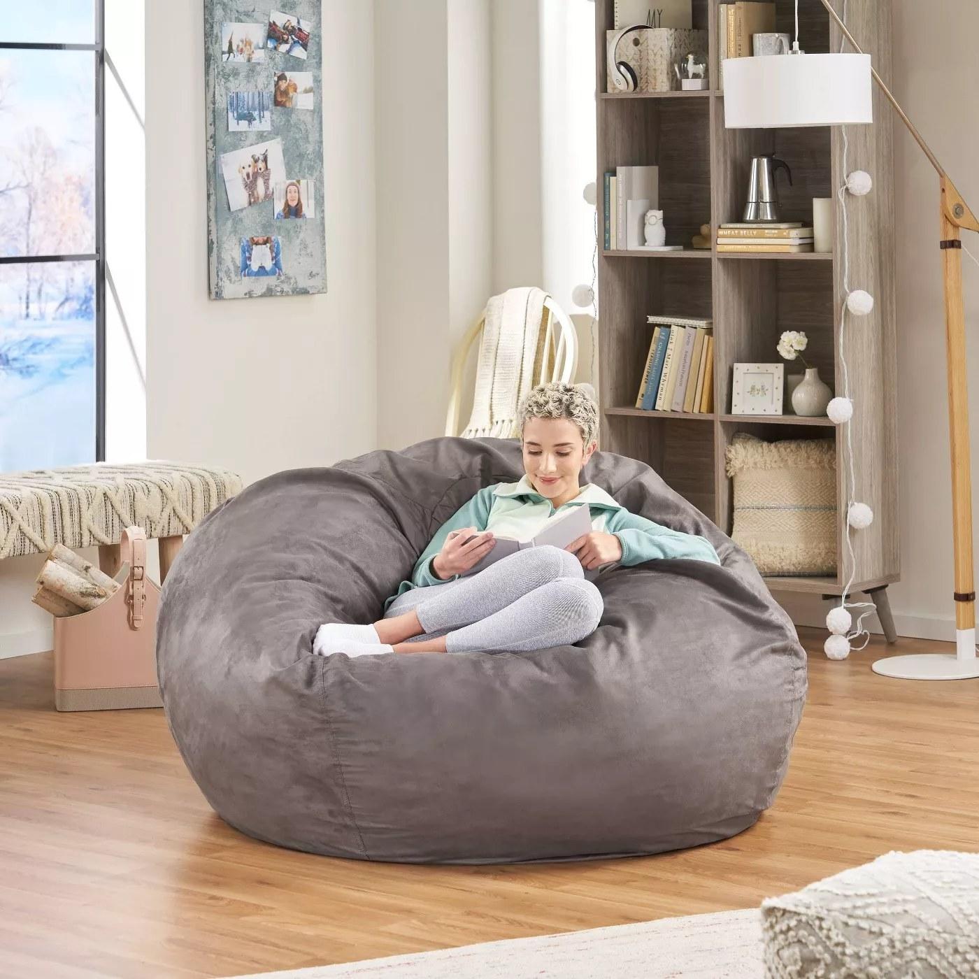 The charcoal beanbag