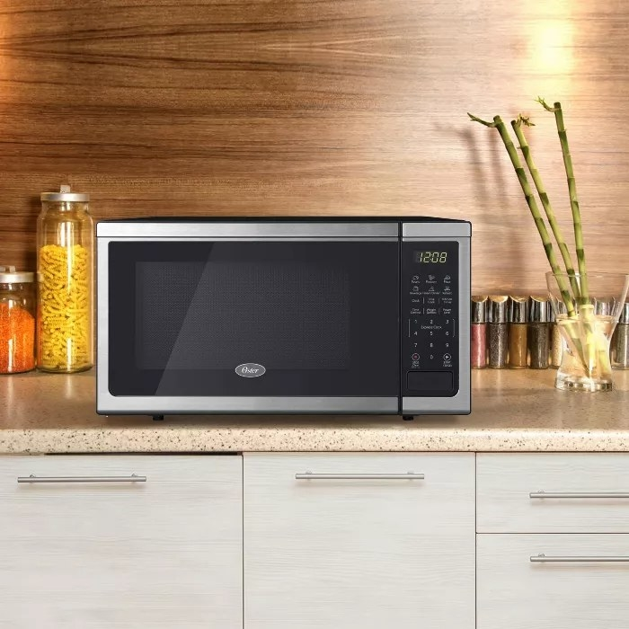 The Oster microwave