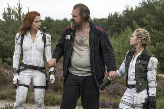 Alexei holding hands with Natasha and Yelena