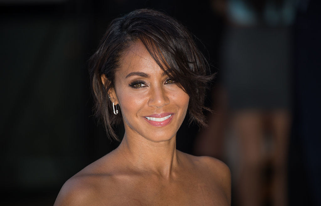 """Jada Pinkett Smith attends the European Premiere of """"Magic Mike XXL"""" while wearing her hair short"""