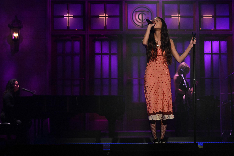 Olivia performing on Saturday Night Live