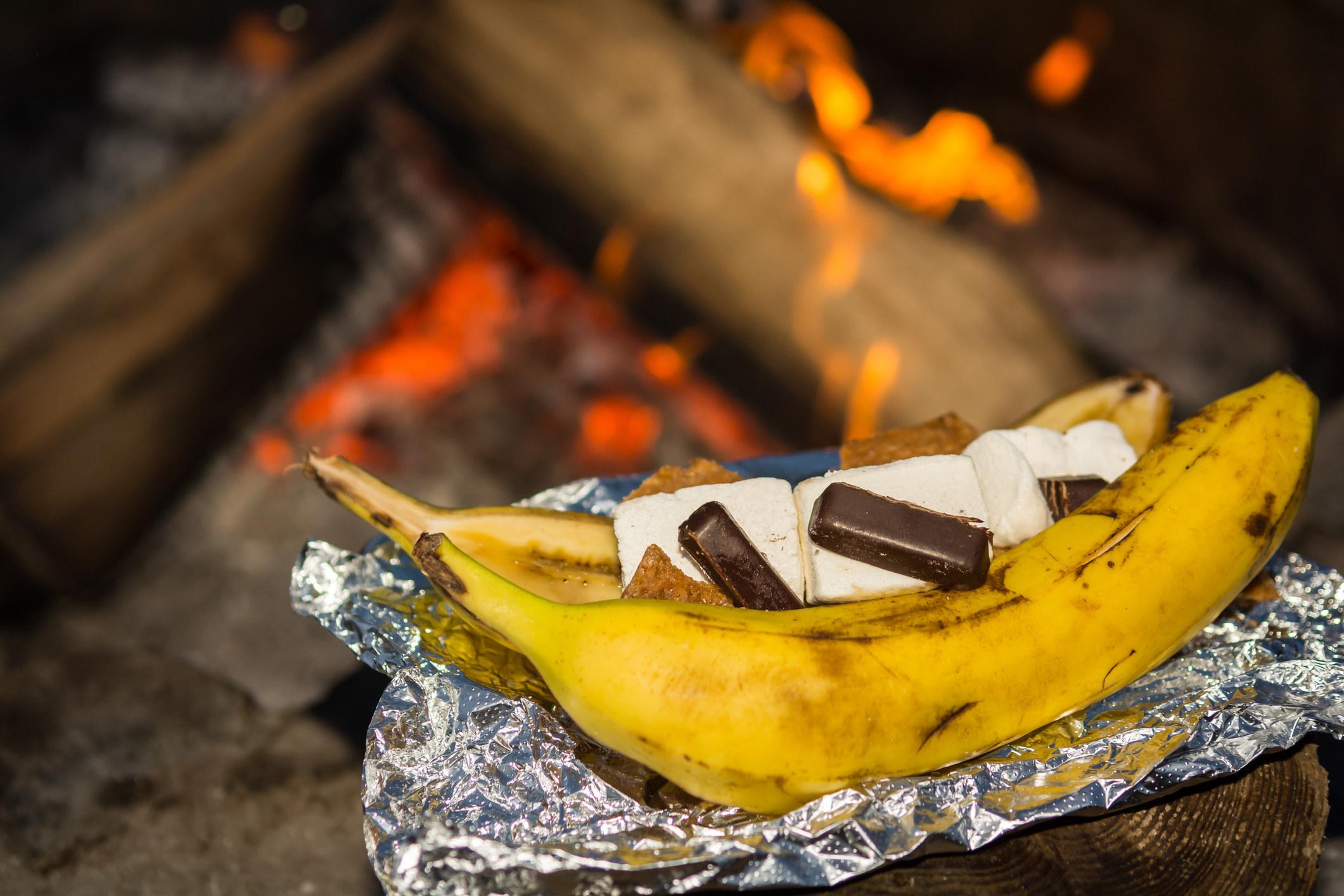 Banana boat s'mores.