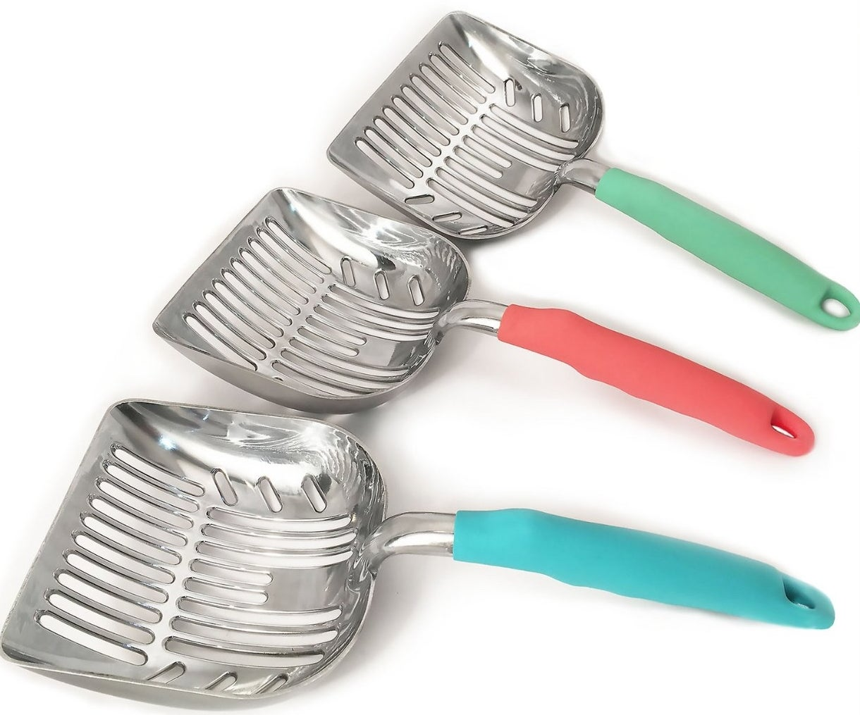 A set of scoops with a blue, coral and green handle