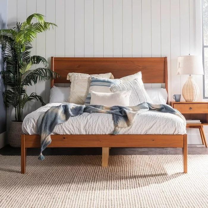 The wood platform bed