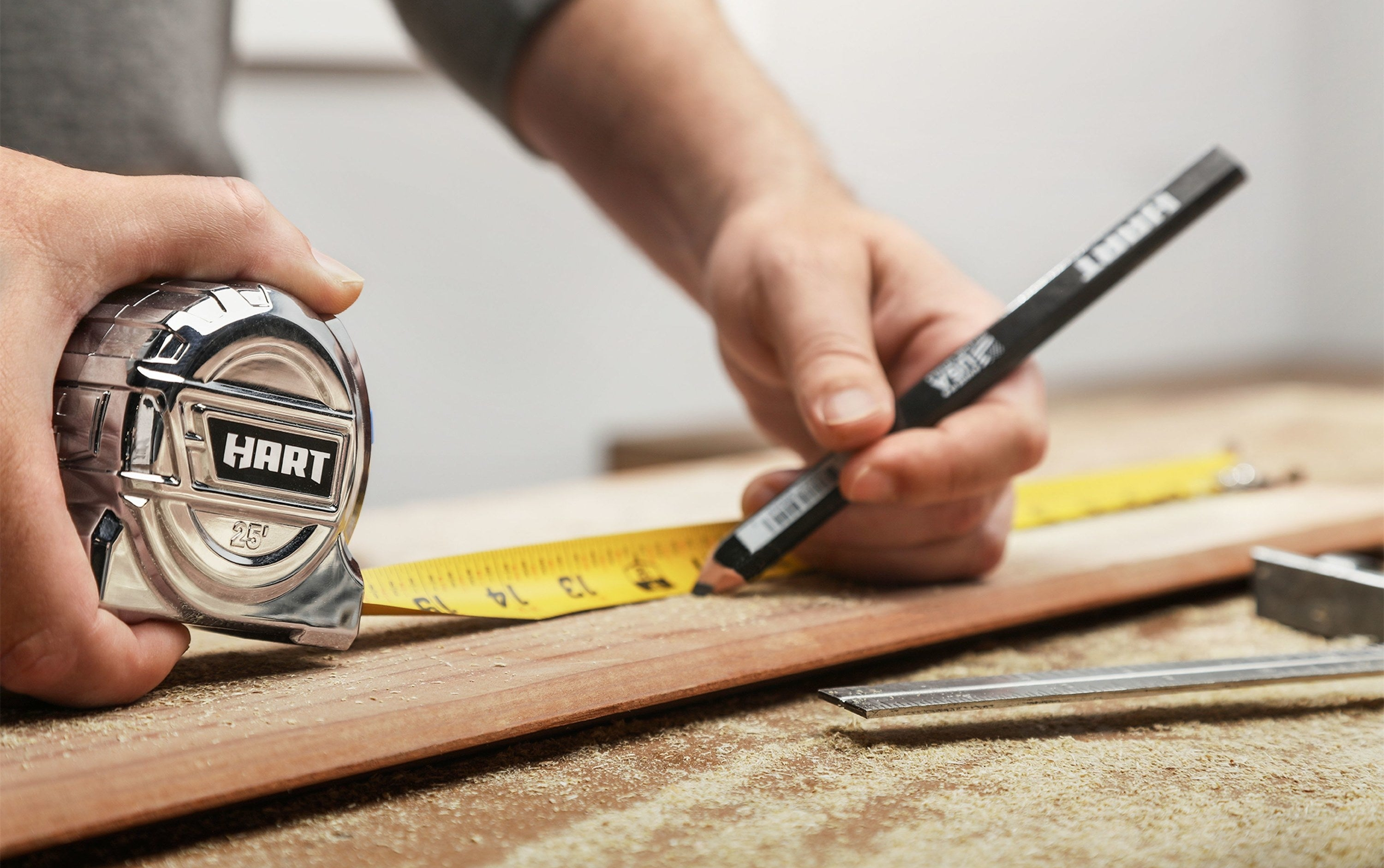 The25-foot chrome measuring tape