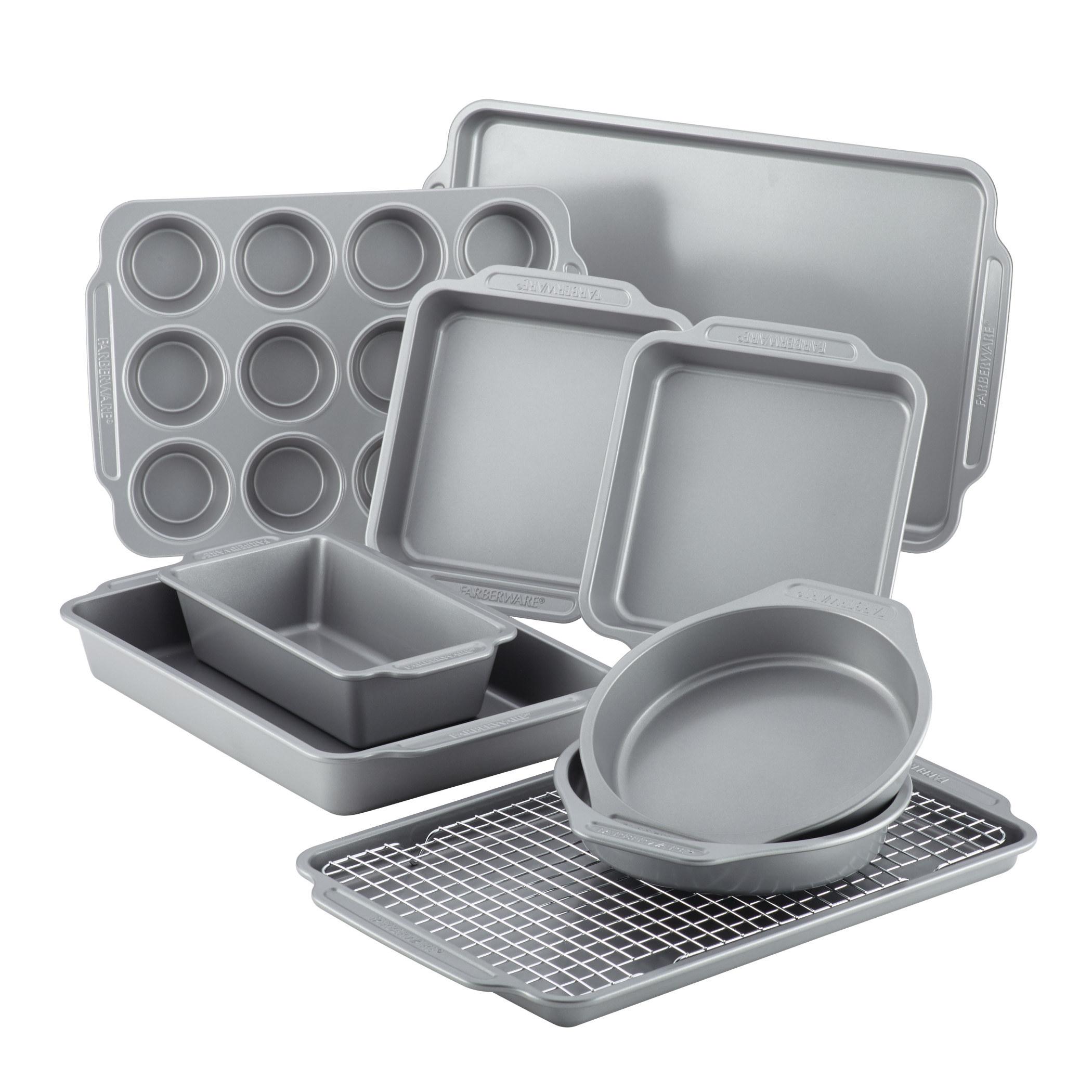 Theten-piece nonstick bakeware set and cooling rack