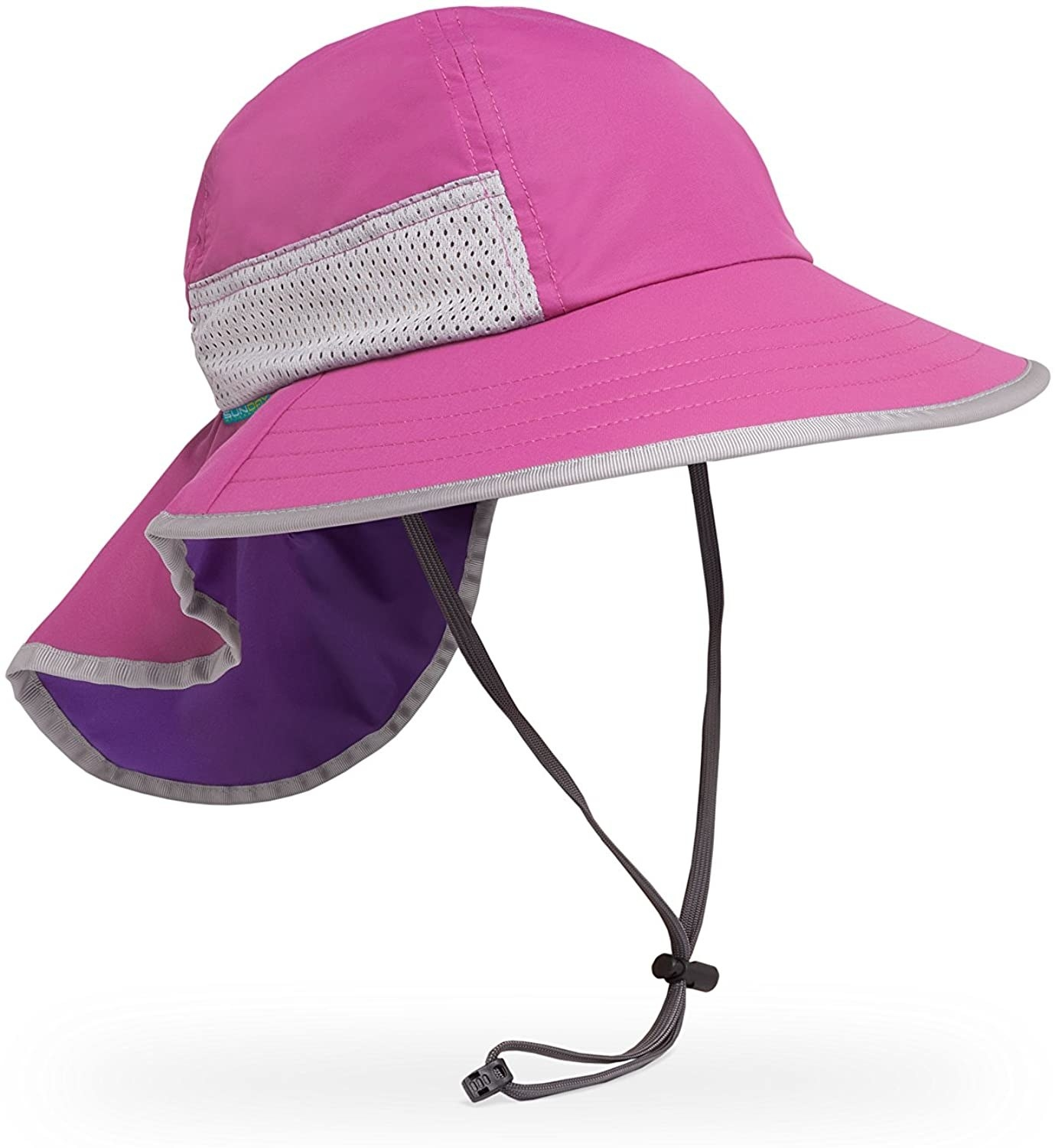 The kids' hat in blossom