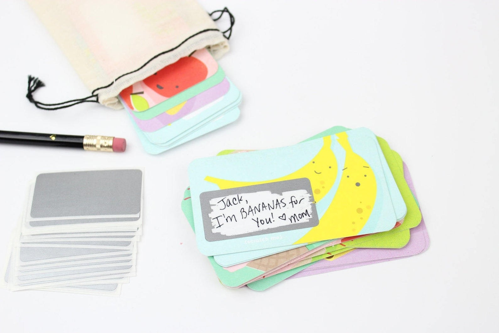 The set of scratch-off lunchbox notes