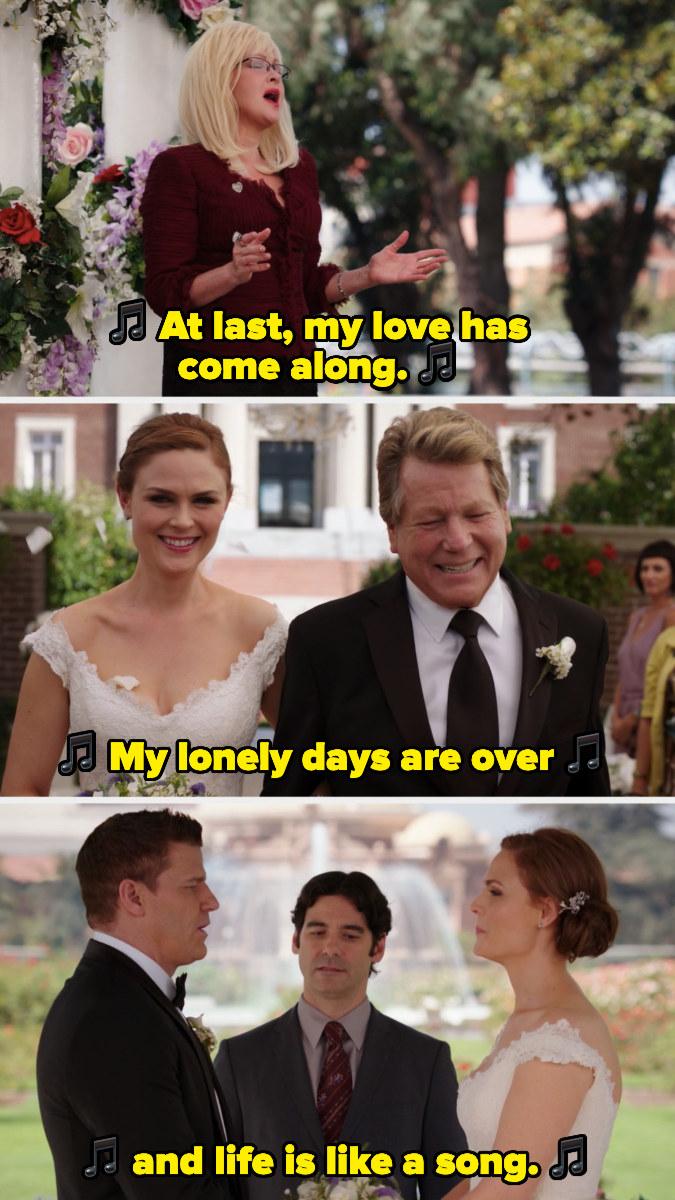 """Cyndi Lauper singing """"At Last"""" at Booth and Brennan's wedding"""