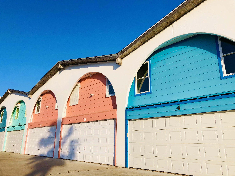 Pastel exteriors of houses in Port Aransas