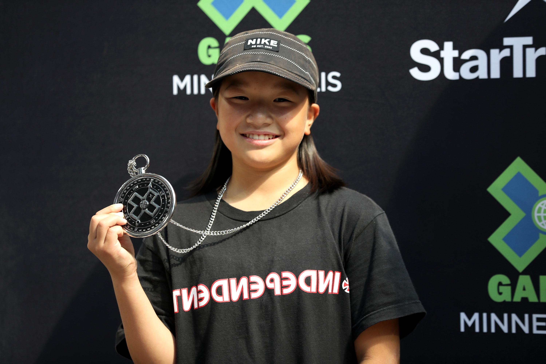 Momiji Nishiya holds silver medal at X Games