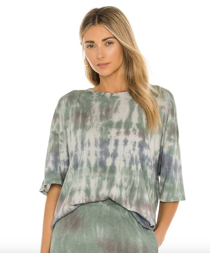 a model wearing the oversized tie dye tee with matching pants