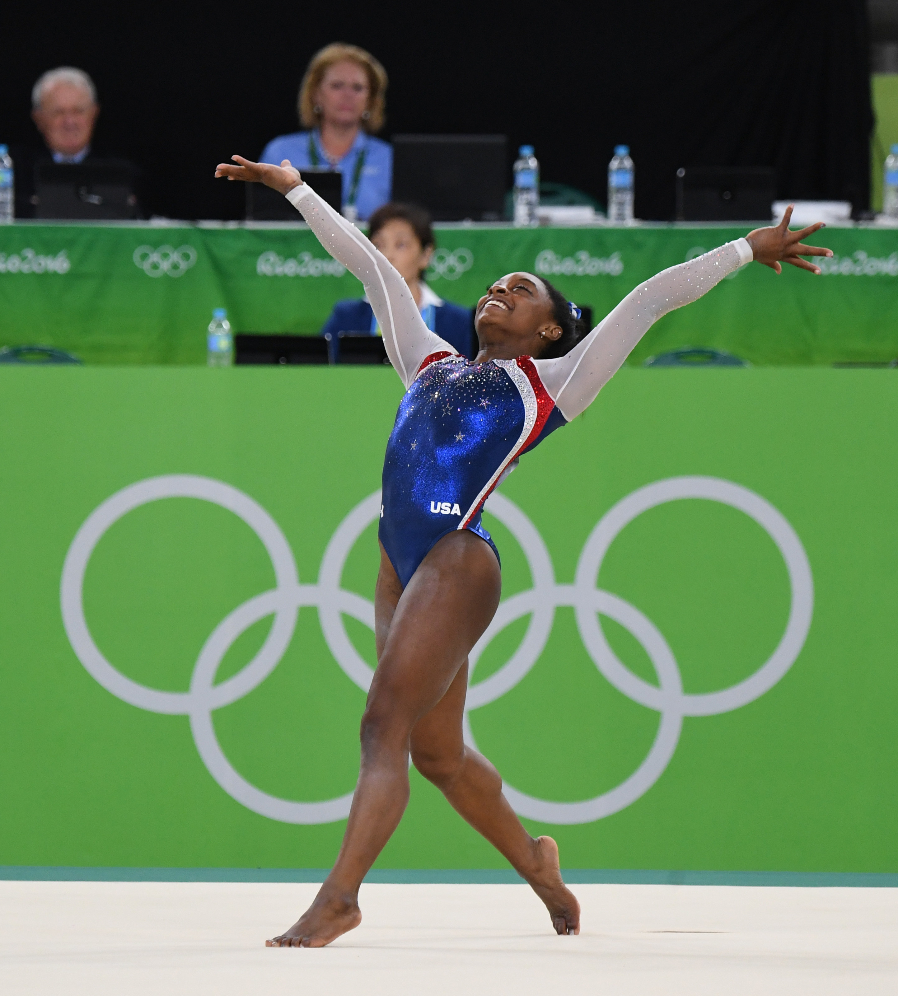 Simone dancing during the floor exercise