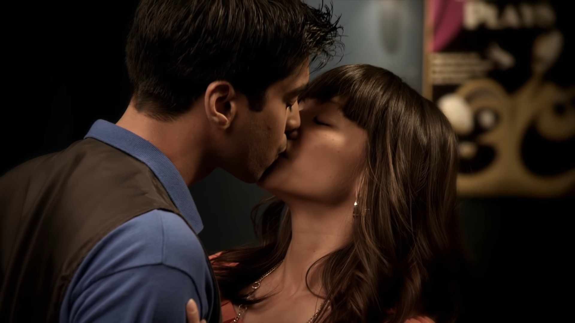 """Sav and Ms. Oh kissing. Episode: """"Don't Panic, Part 1"""""""