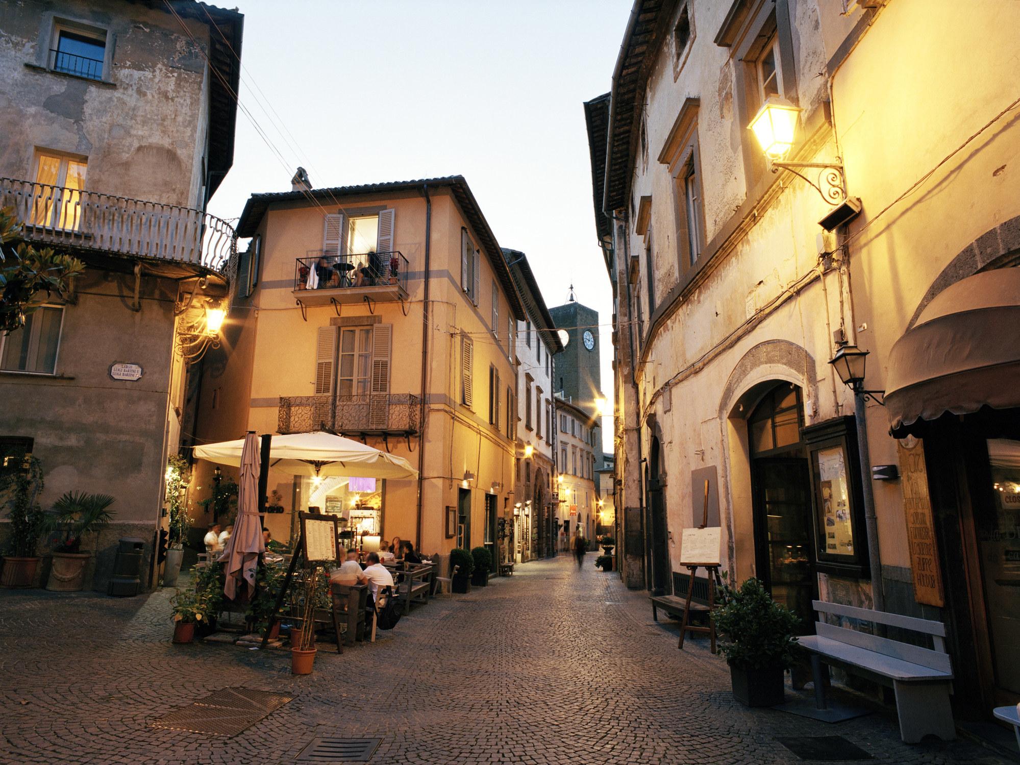 A quiet street in Orvieto.