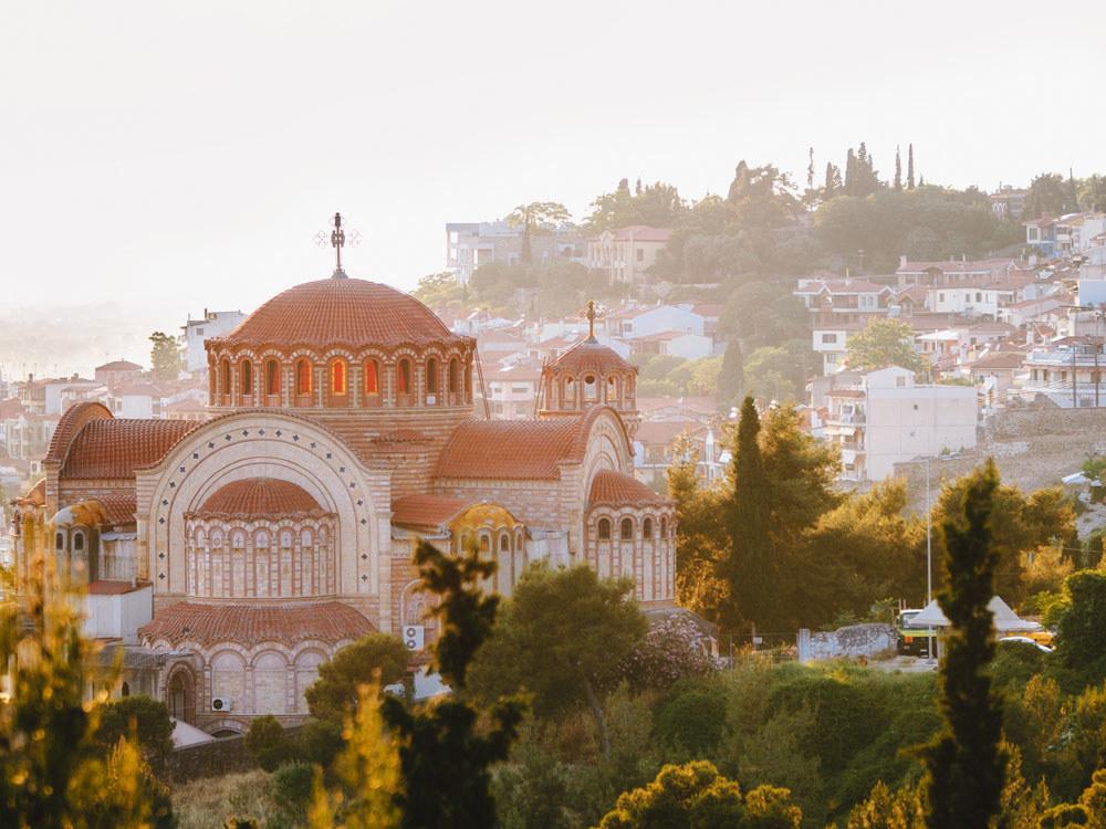 A church on a hill inThessaloniki, Greece.