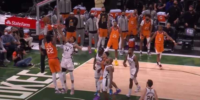 Giannis Antetokounmpo blocks shot against the Suns