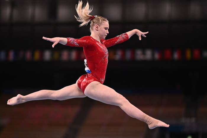 Mykayla Skinner in the air during the artistic gymnastics balance beam event