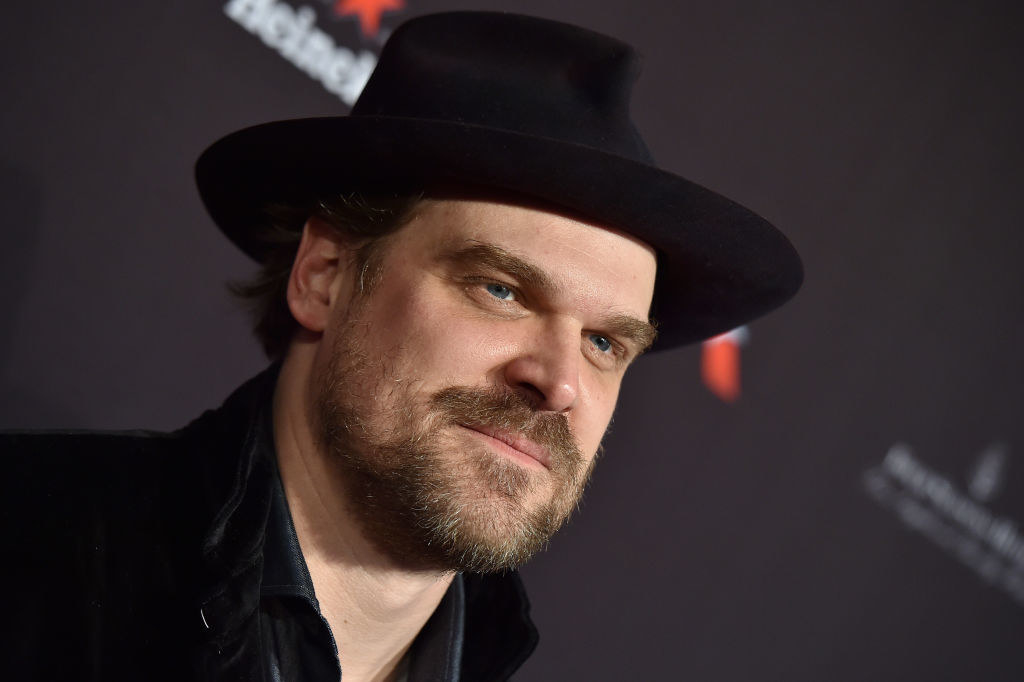 David Harbour arrives at The BAFTA Los Angeles Tea Party wearing a fedora